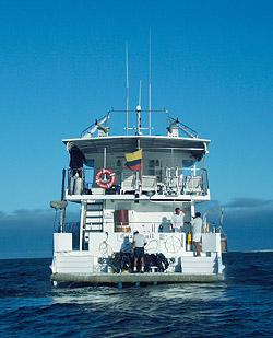 Galapagos dive boat